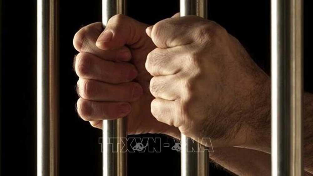 Iran phóng thích 100.000 tù nhân do dịch Covid-19